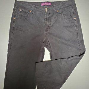 Gloria Vanderbilt Black Capri Jeans Sz. 1X